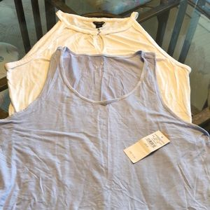 Bundle of 2 Tank Tops